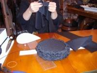12月帽子教室・・・手縫いでグチュグチュ、がんばるNちゃん