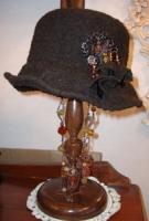 2月帽子教室・・・N様の手縫い帽子 クロッシェ