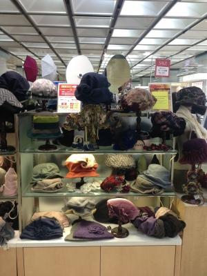京王百貨店/DecorationDesireの秋の帽子